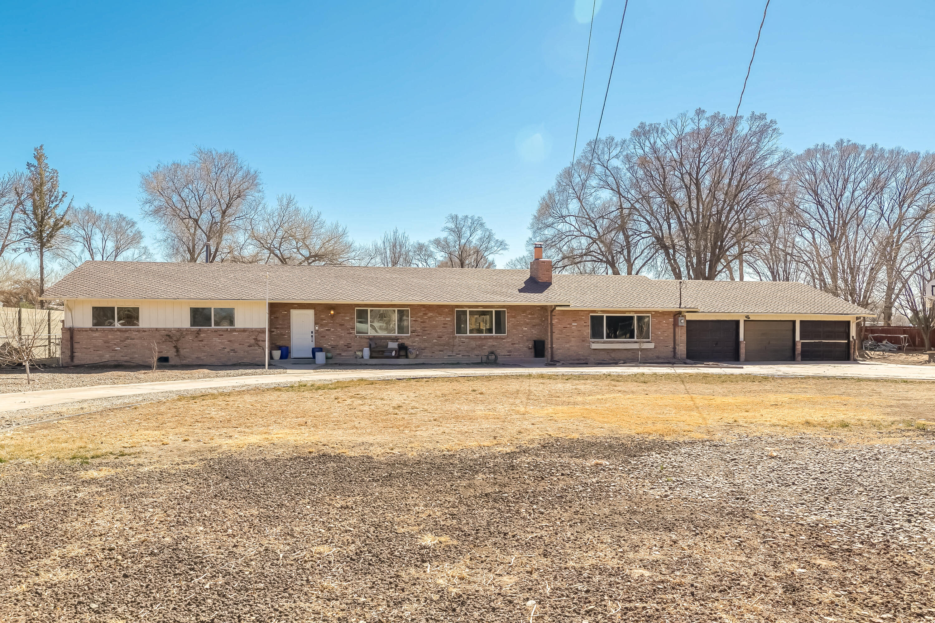 975 N BOSQUE Loop Property Photo - Bosque Farms, NM real estate listing