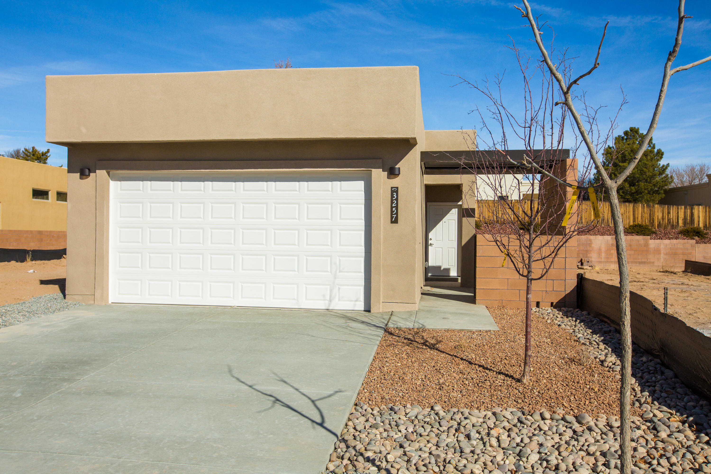 3265 Oakmount Drive SE Property Photo - Rio Rancho, NM real estate listing