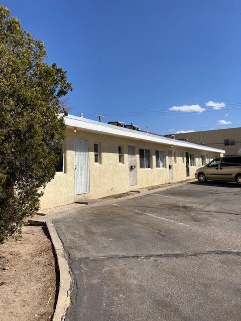 1028 ALVARADO Drive SE Property Photo - Albuquerque, NM real estate listing
