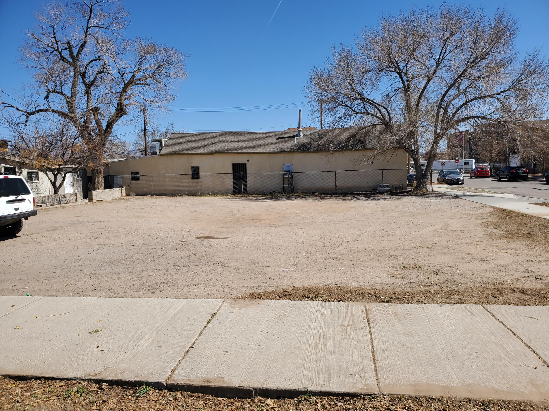 820 3RD Street SW Property Photo 1