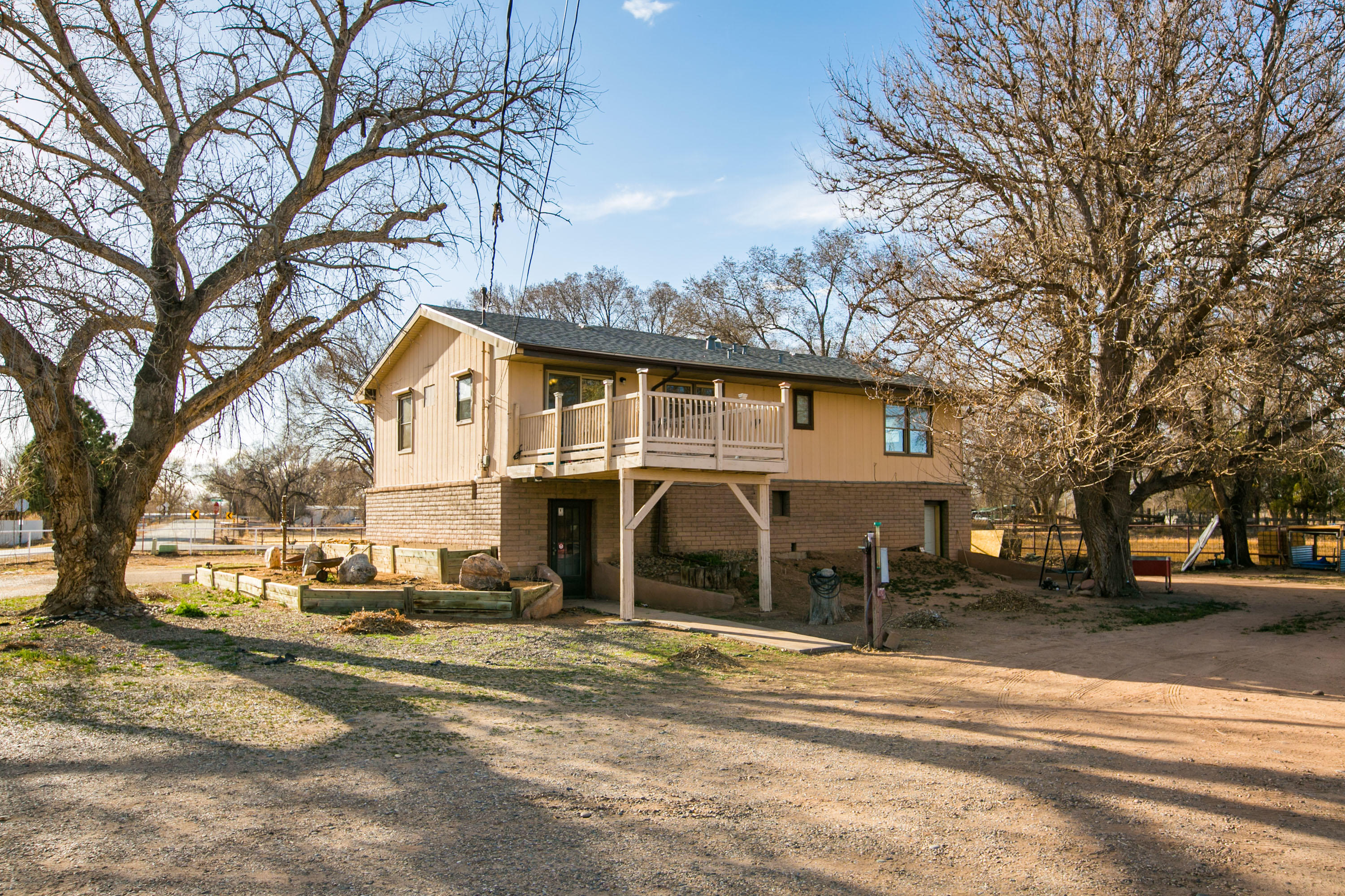 85 MOLINA Road Property Photo - Peralta, NM real estate listing