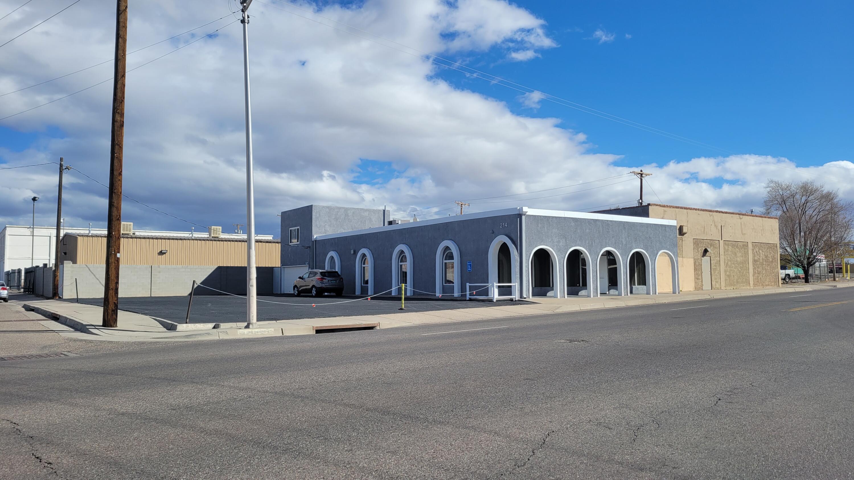 214 San Pedro NE Property Photo - Albuquerque, NM real estate listing
