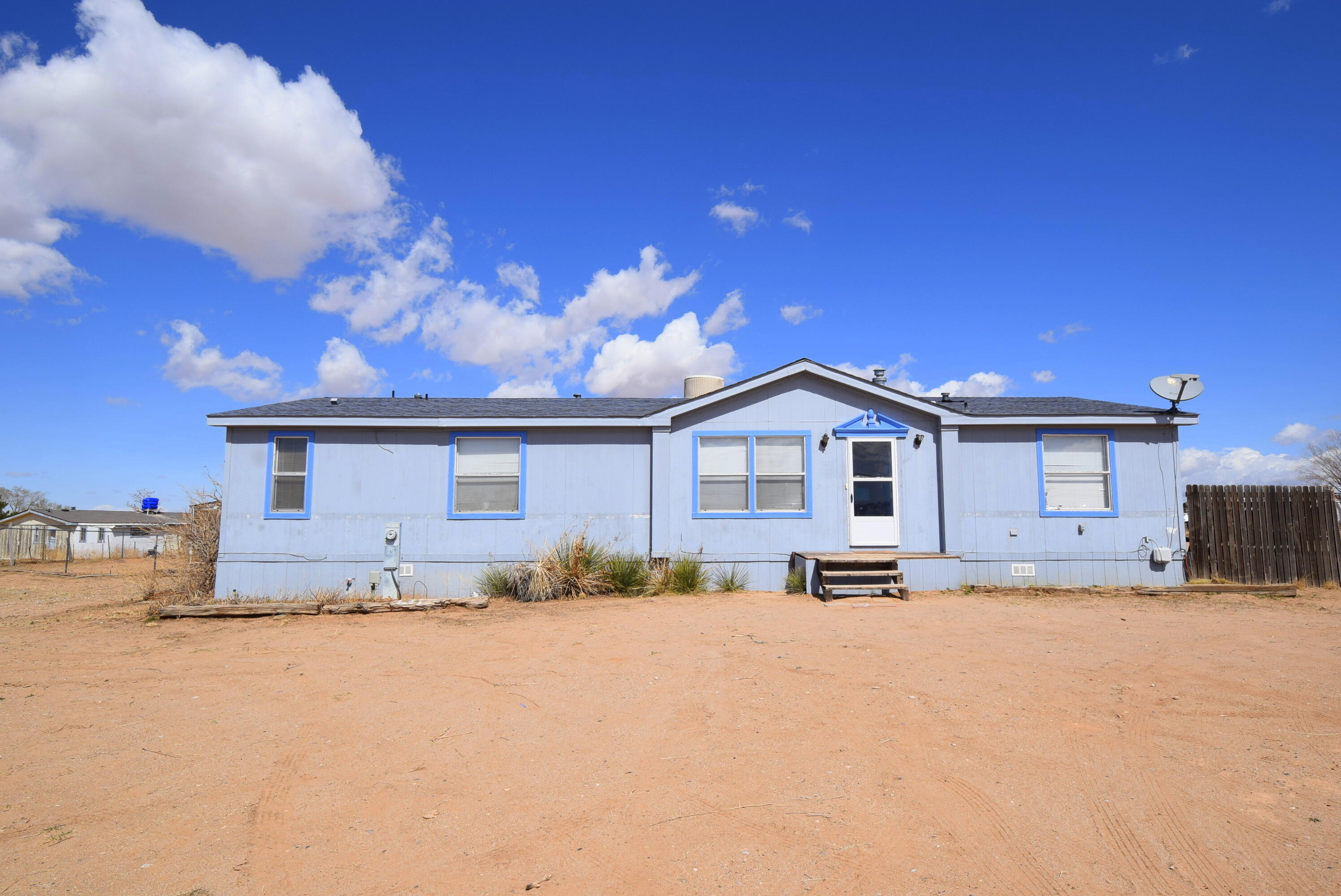 720- Meadowlakeel Cerro Real Estate Listings Main Image