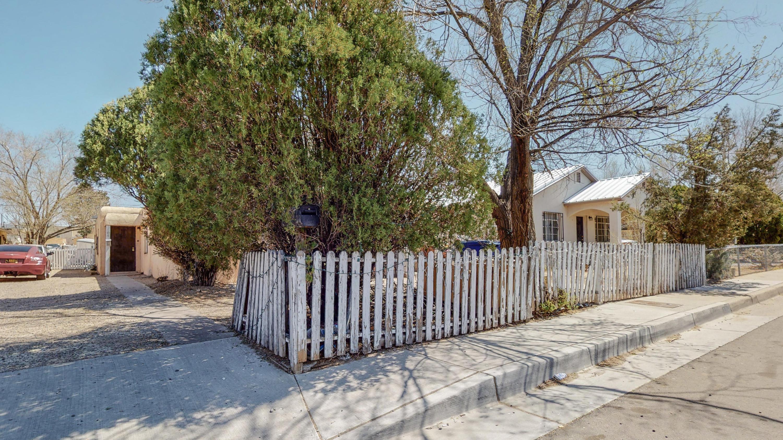 504 Chama Street Se Property Photo