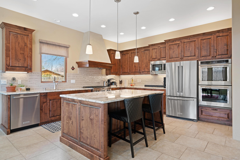 2716 RIO ENCANTADO Court NW Property Photo - Albuquerque, NM real estate listing