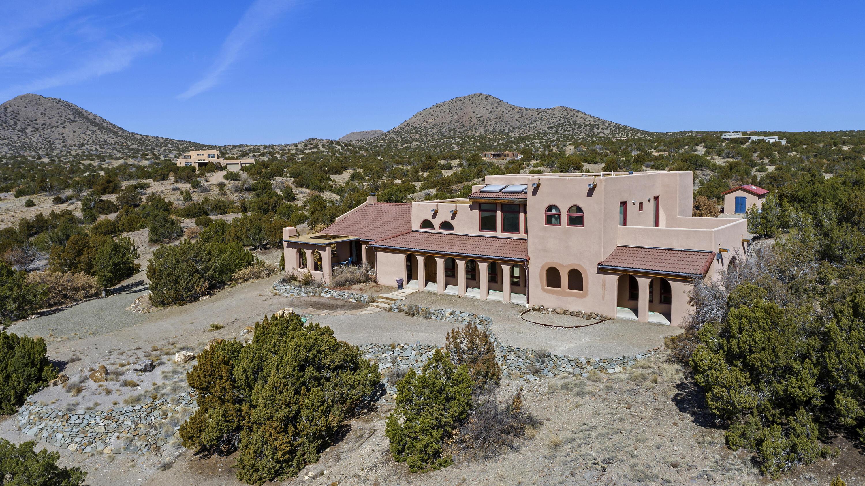 210 Rancho Alegre Road Property Photo - Santa Fe, NM real estate listing