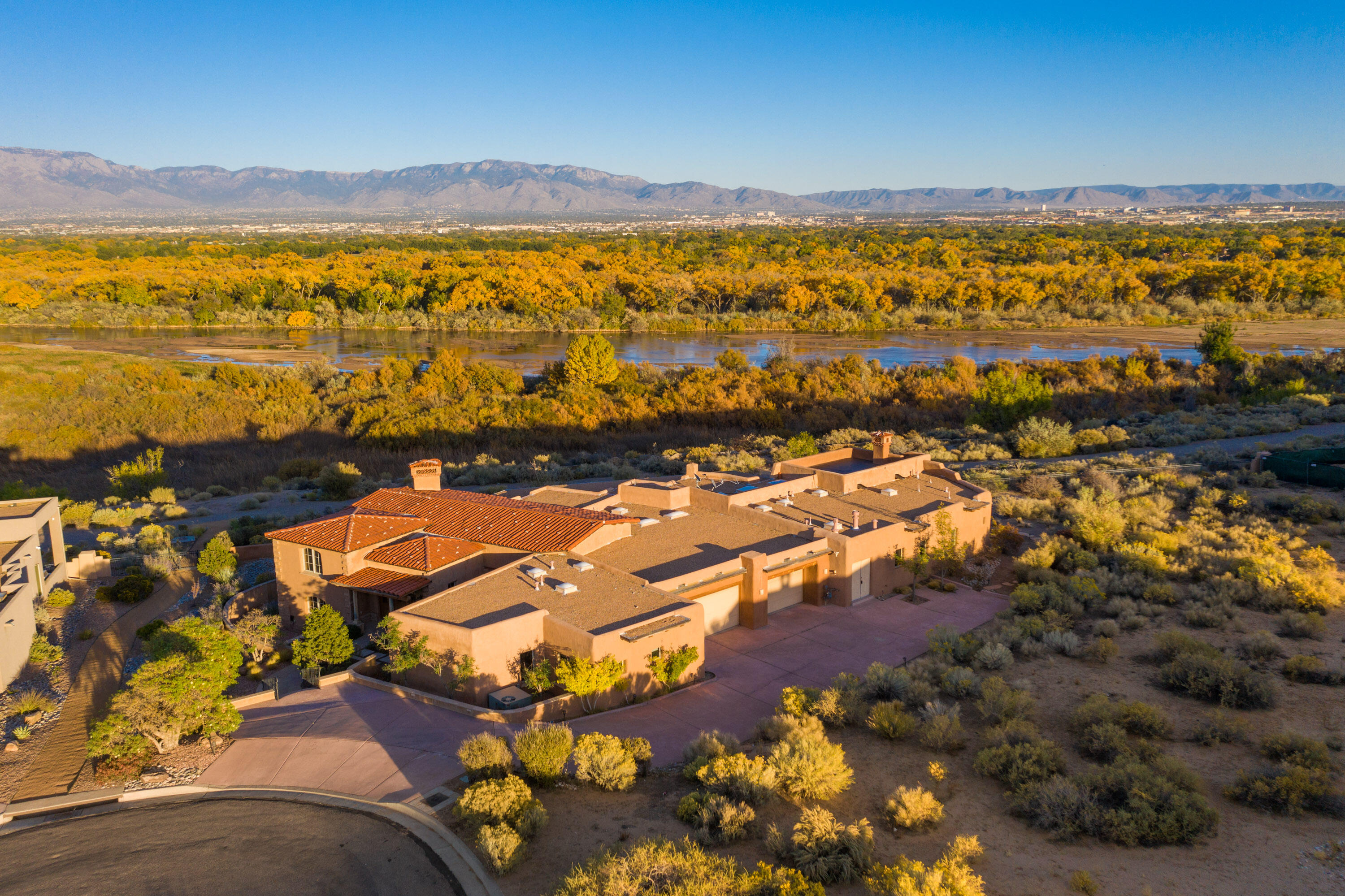 Oxbow Bluff Real Estate Listings Main Image