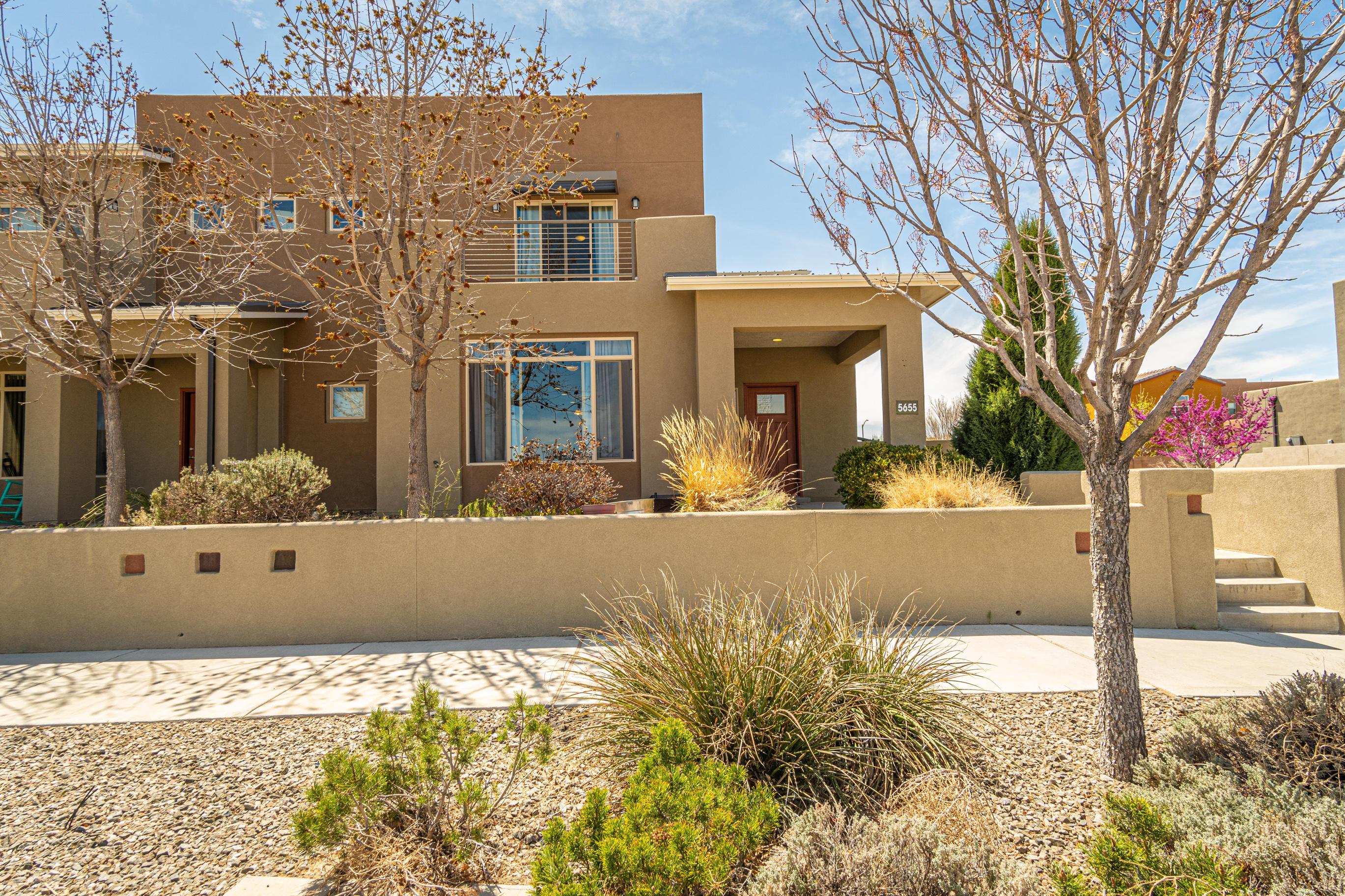 5655 University Boulevard Se Property Photo