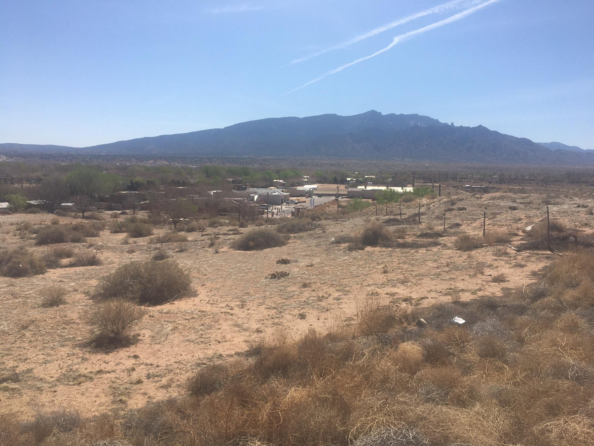 Sheriff's Posse Road Property Photo - Bernalillo, NM real estate listing