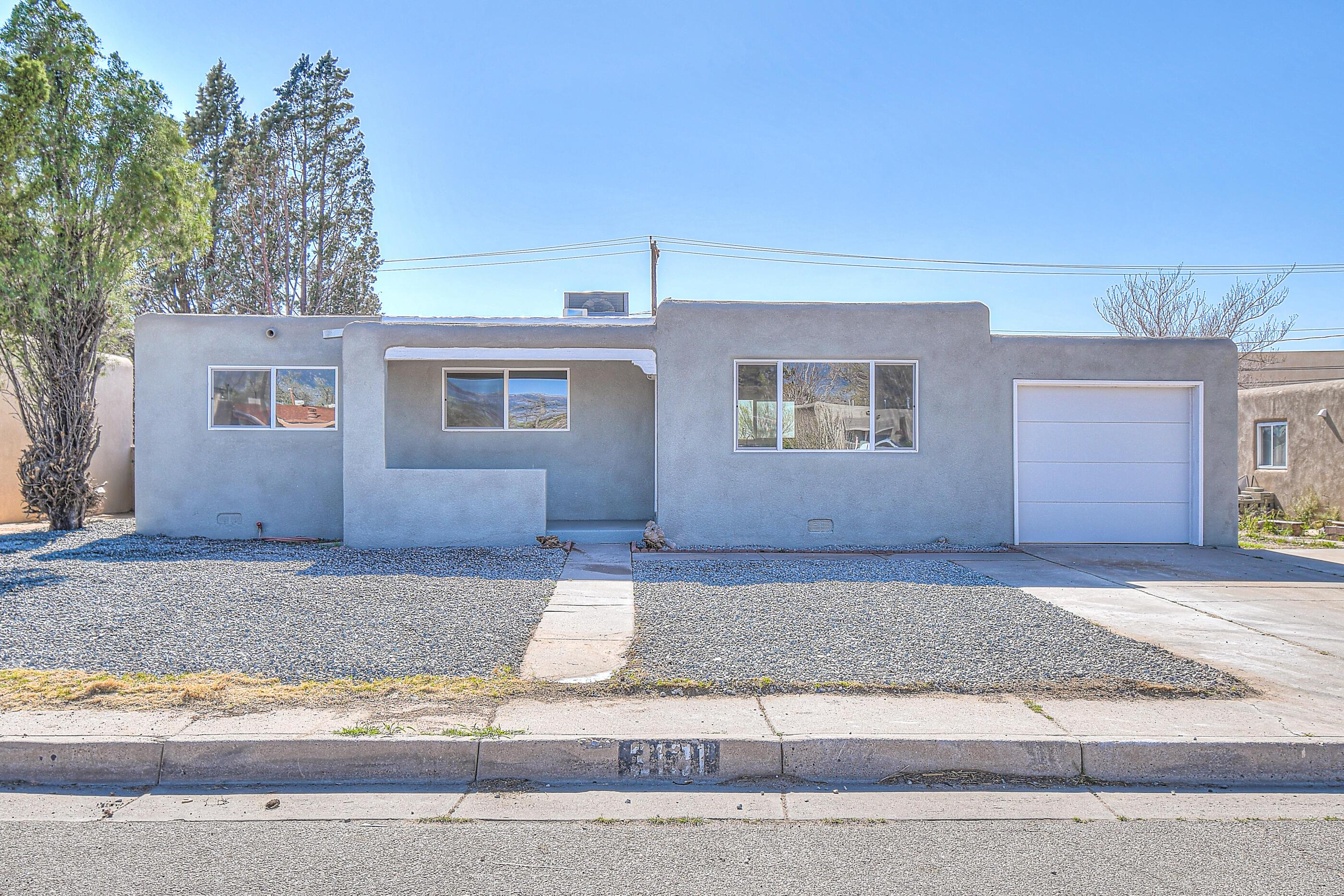 3131 SOLANO Drive NE Property Photo - Albuquerque, NM real estate listing