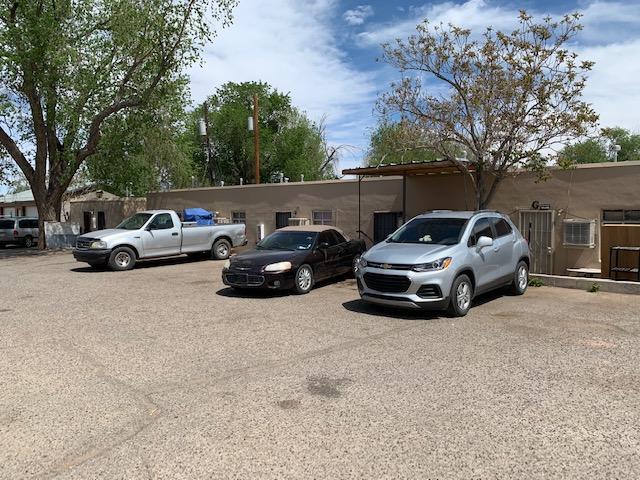 120 Candelaria Road NW Property Photo - Albuquerque, NM real estate listing