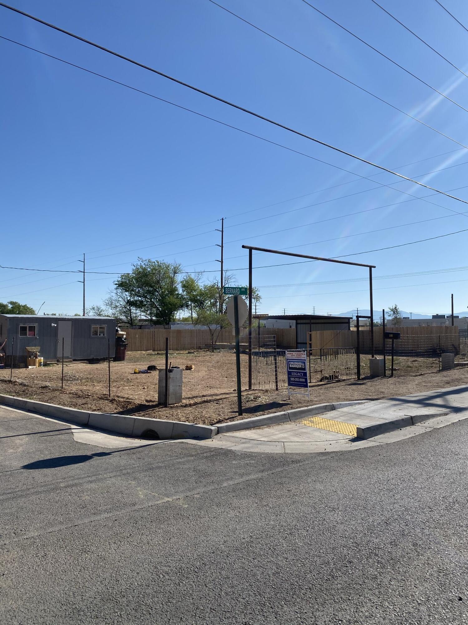 598 W Bernard Avenue Property Photo - Belen, NM real estate listing