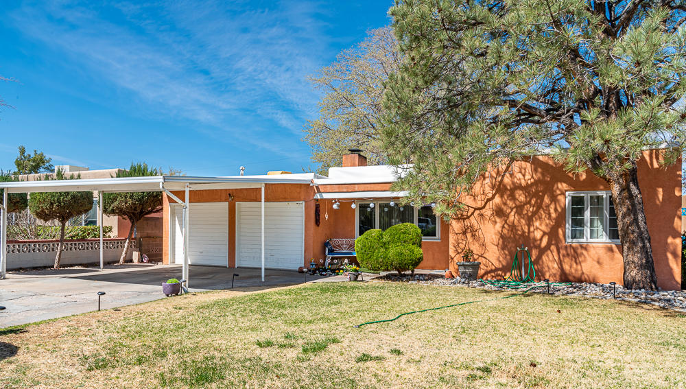 721 Monroe Street NE Property Photo - Albuquerque, NM real estate listing