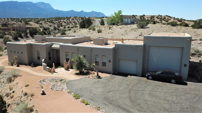 1 Coyote Road Property Photo