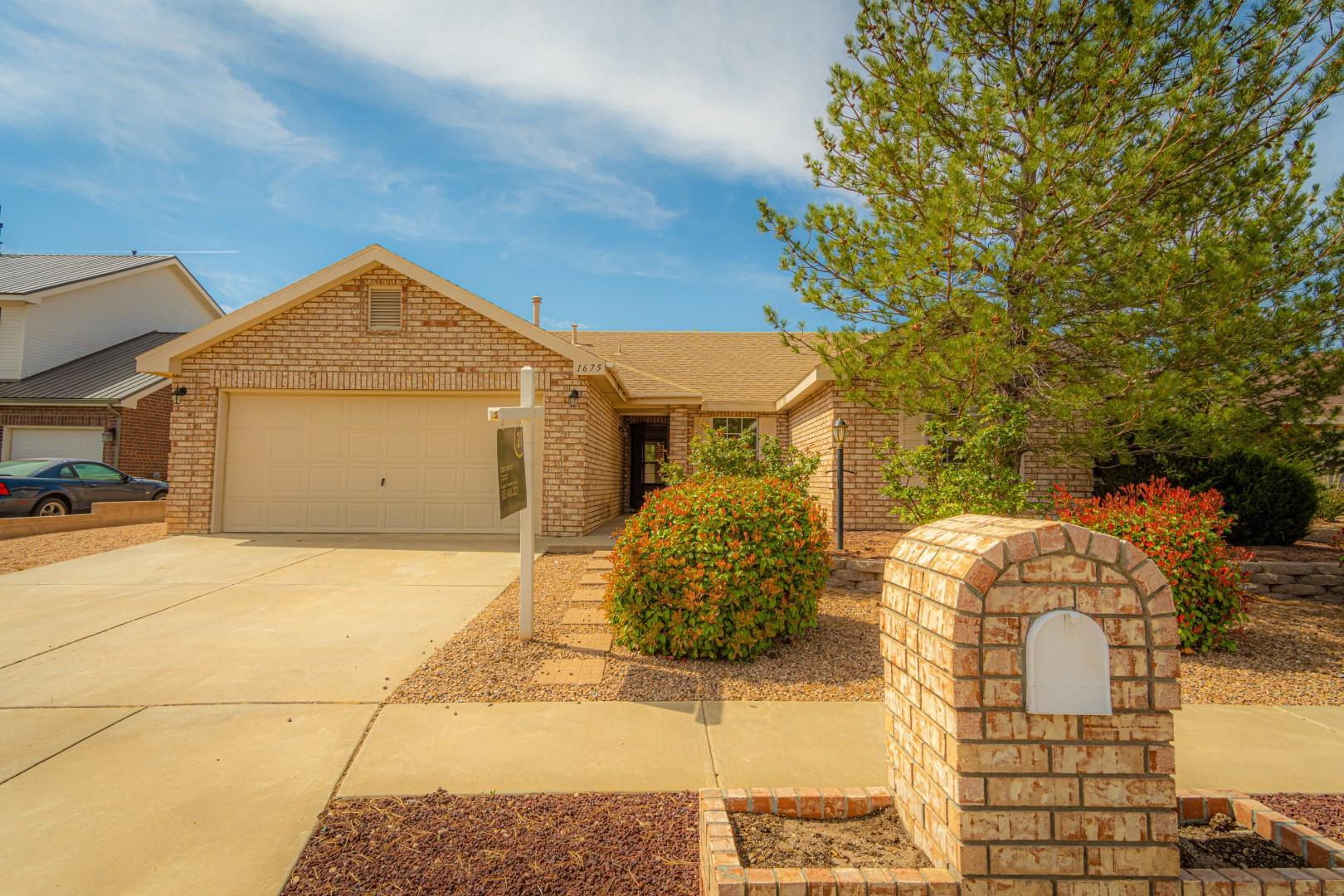 1675 Cerro Vista Loop Nw Property Photo