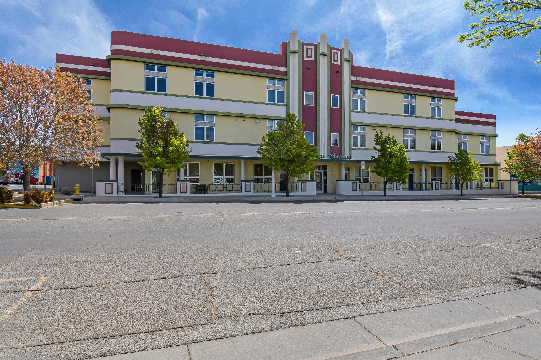 110 RICHMOND Drive SE #310 Property Photo - Albuquerque, NM real estate listing