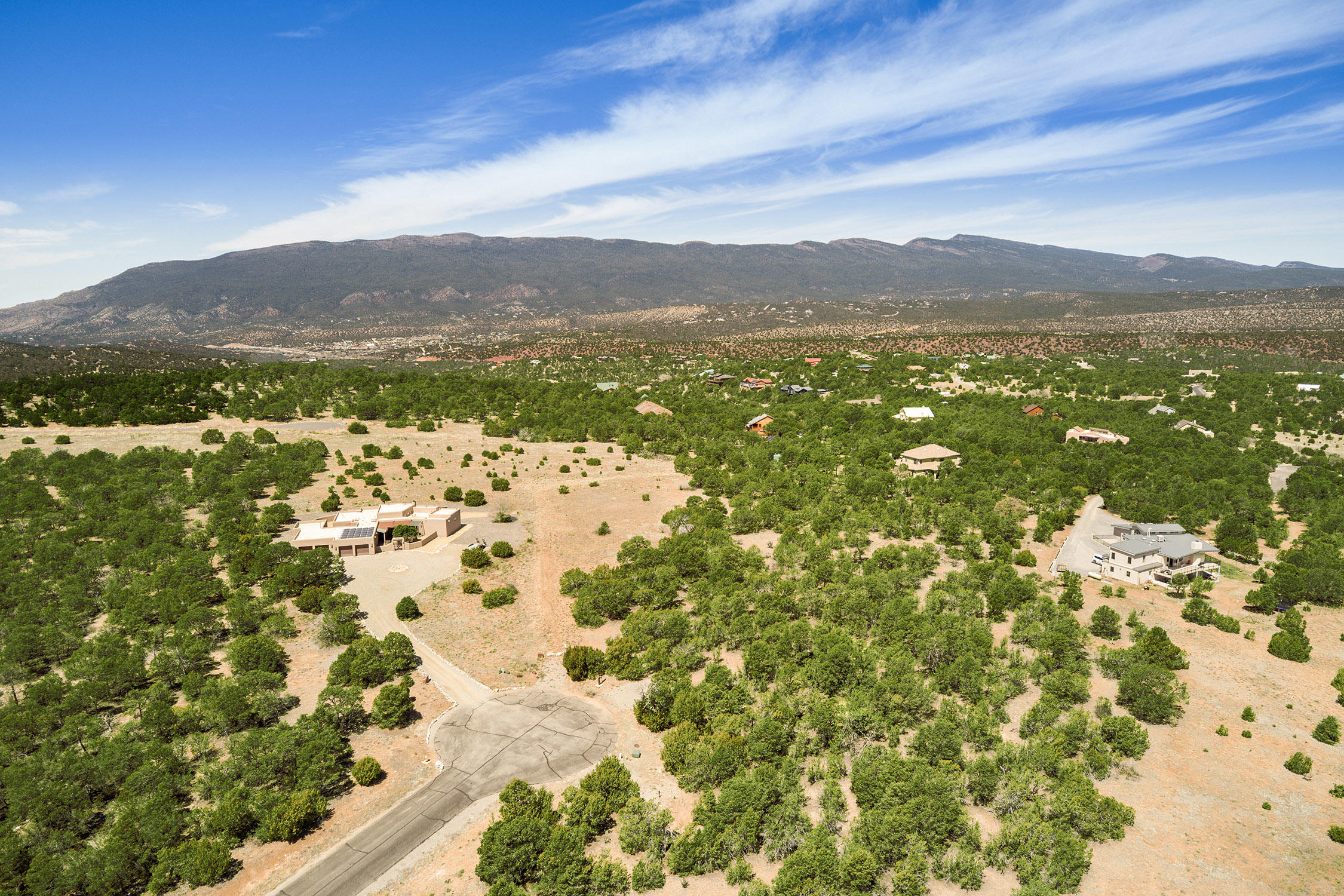 Cougar Court Property Photo - Tijeras, NM real estate listing