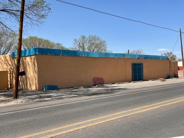 4531 Isleta Boulevard Sw Property Photo