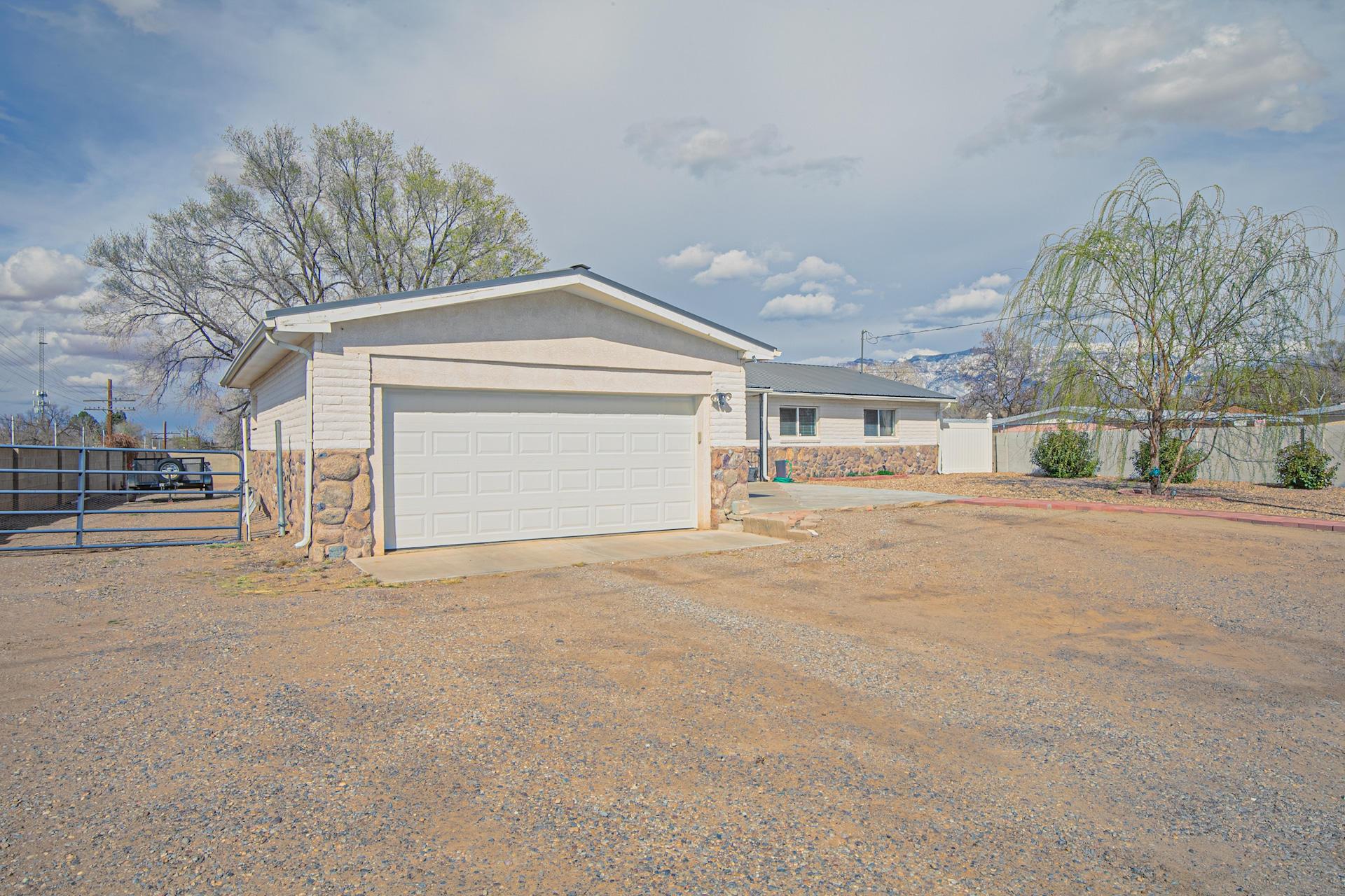 105 ORTEGA Road NE Property Photo - Albuquerque, NM real estate listing