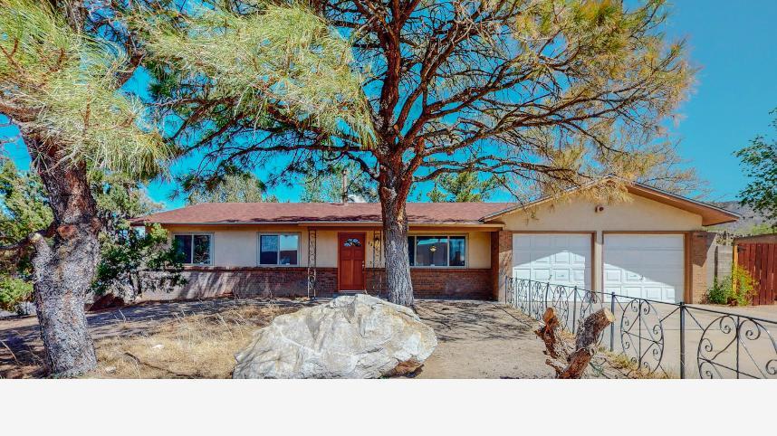 13601 LOMAS Boulevard NE Property Photo - Albuquerque, NM real estate listing