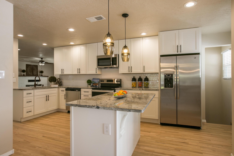 3428 KATHRYN Avenue SE Property Photo - Albuquerque, NM real estate listing
