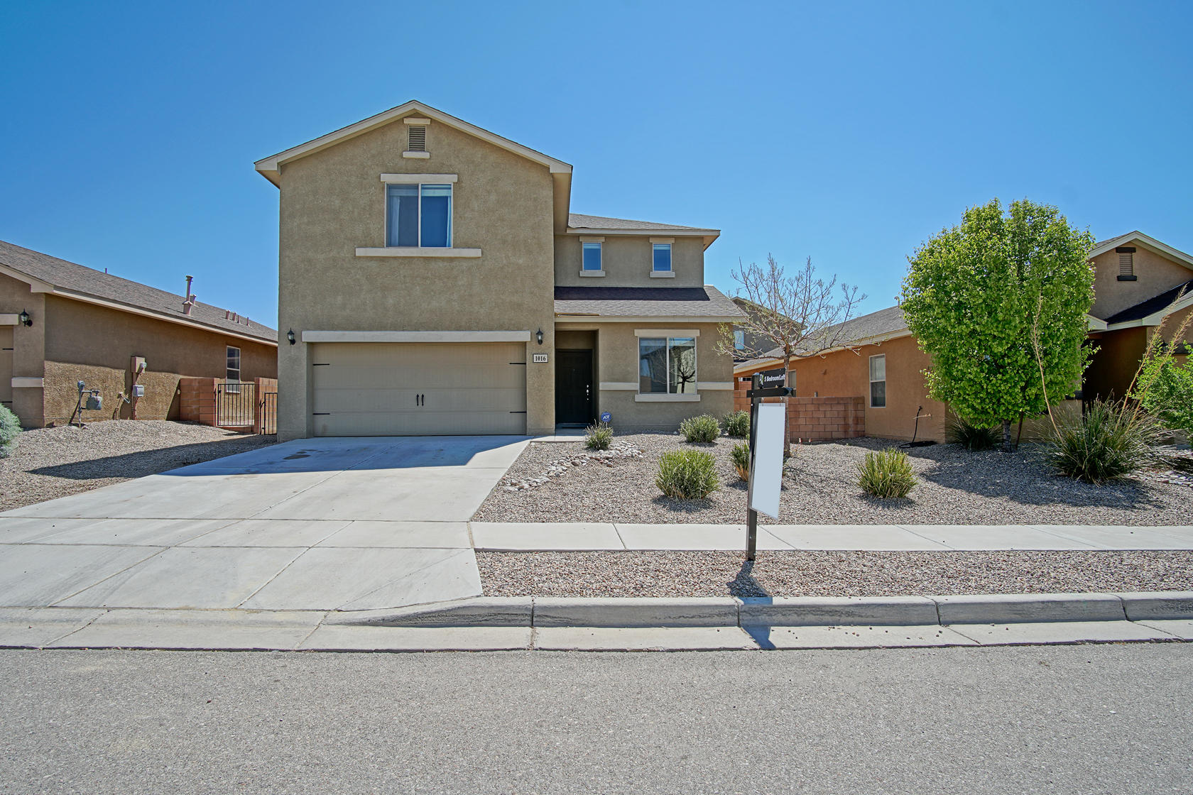 1016 EL PASEO Street NW Property Photo - Rio Rancho, NM real estate listing