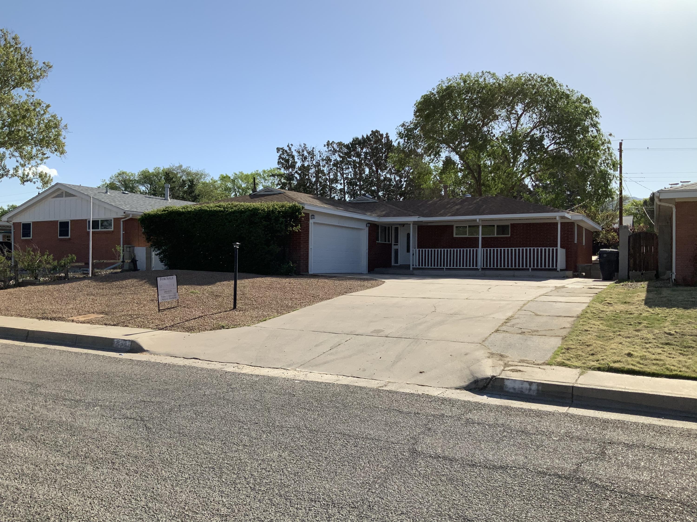 2908 ESPANOLA Street NE Property Photo - Albuquerque, NM real estate listing