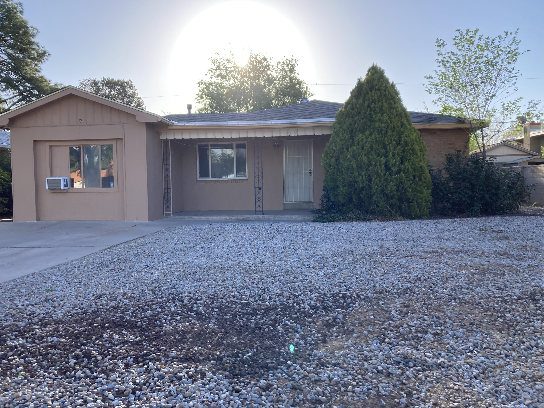 808 ADAMS Street NE Property Photo - Albuquerque, NM real estate listing