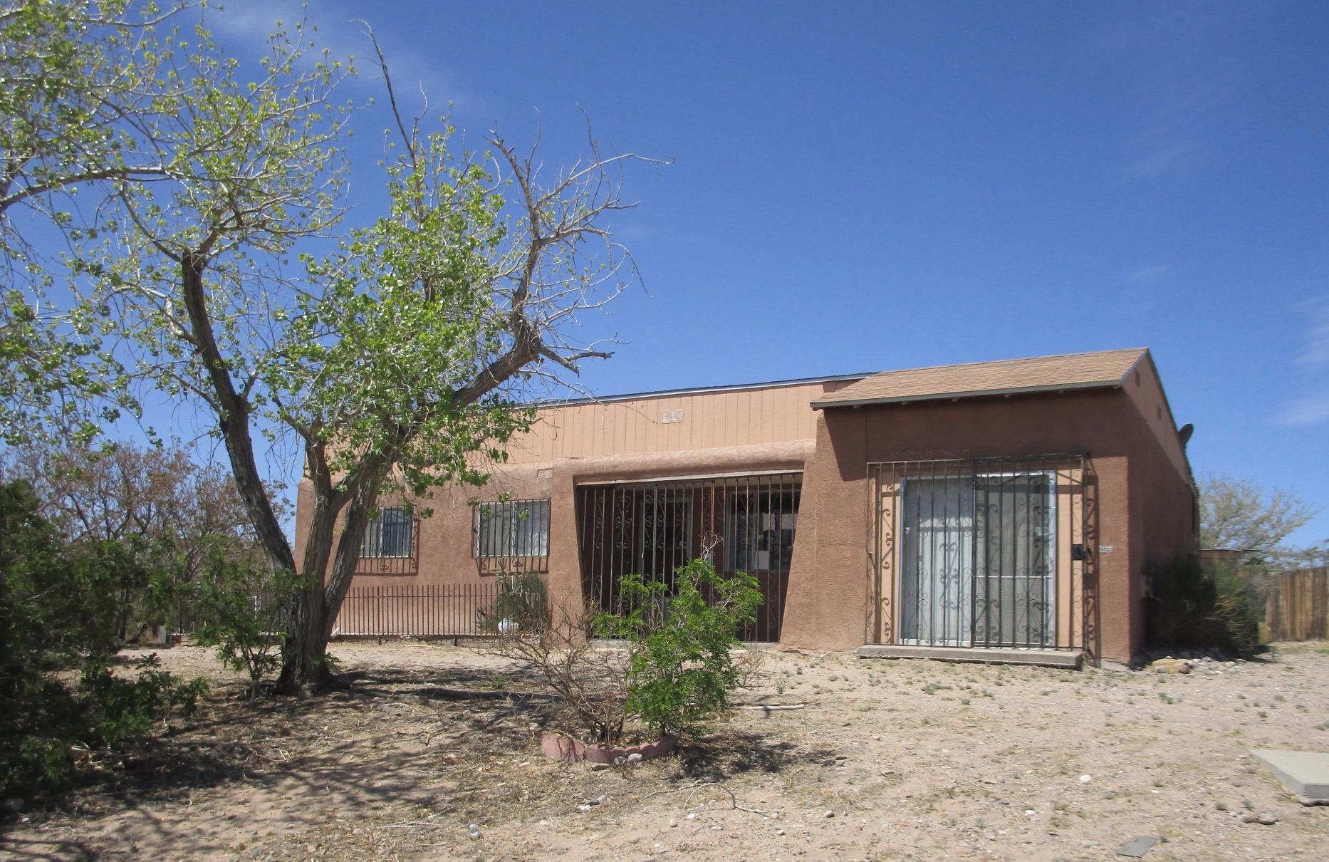 2933 PAYNE Road SW Property Photo - Albuquerque, NM real estate listing