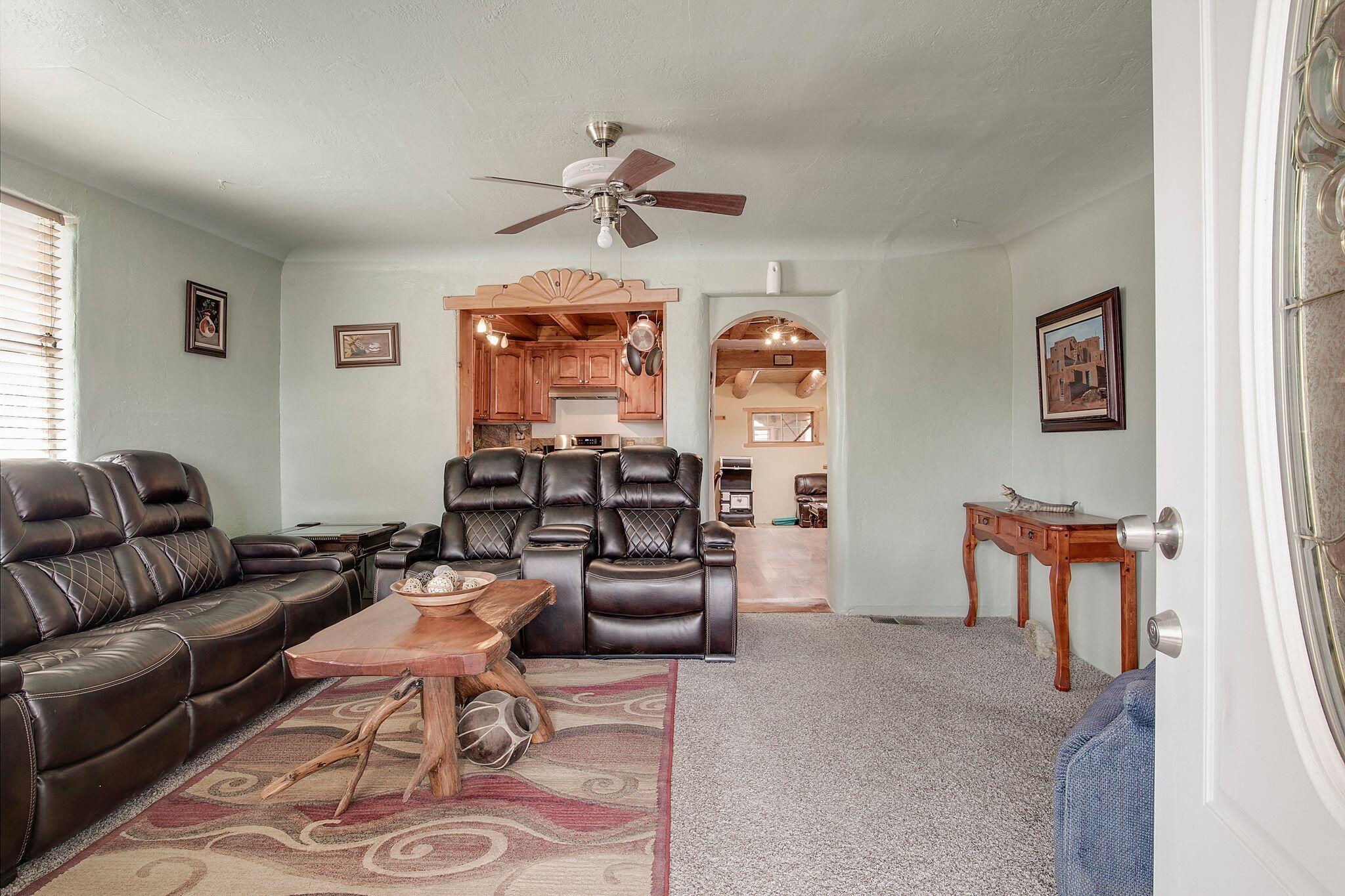 7831 EDITH Boulevard NE Property Photo - Albuquerque, NM real estate listing