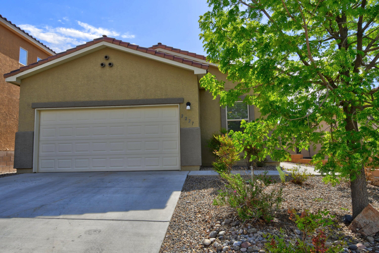2227 Vista De Colinas Drive Se Property Photo