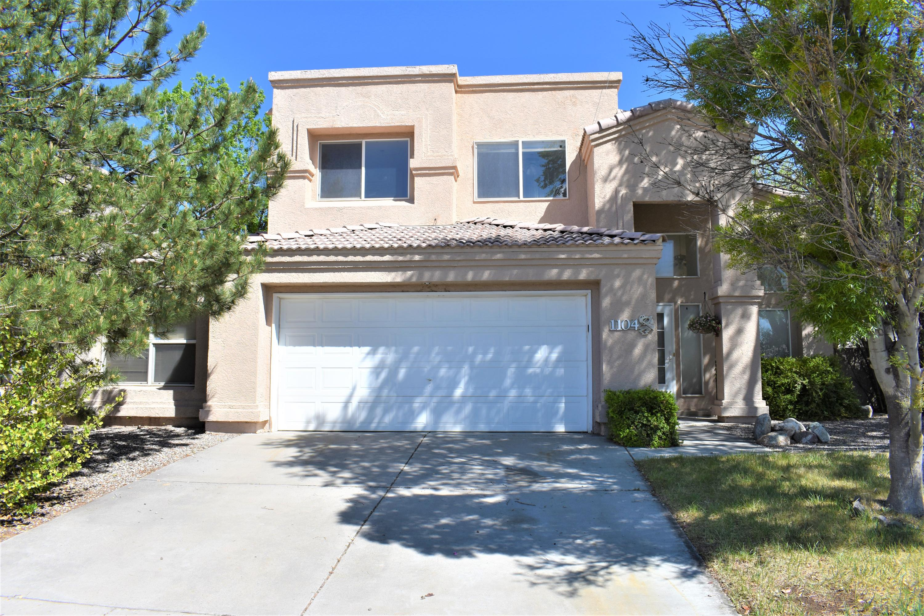 1104 LOS PADRES Street SE Property Photo - Albuquerque, NM real estate listing