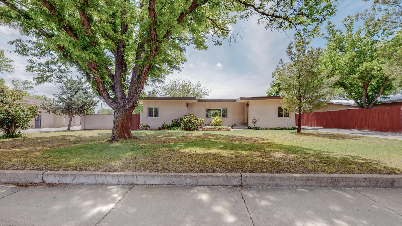3524 Luke Circle Circle NW Property Photo - Albuquerque, NM real estate listing