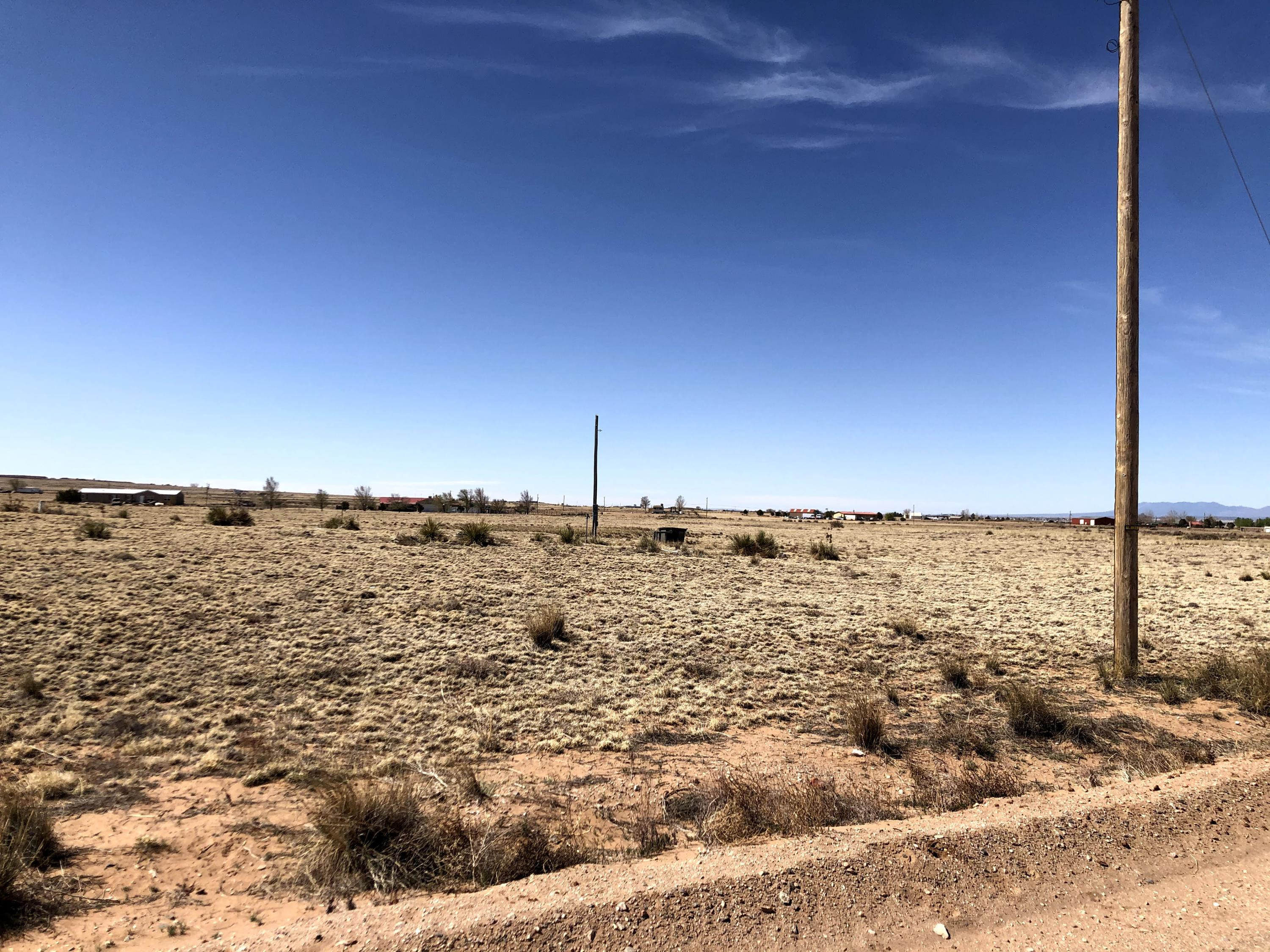 Valle Vista Road Property Photo - Moriarty, NM real estate listing
