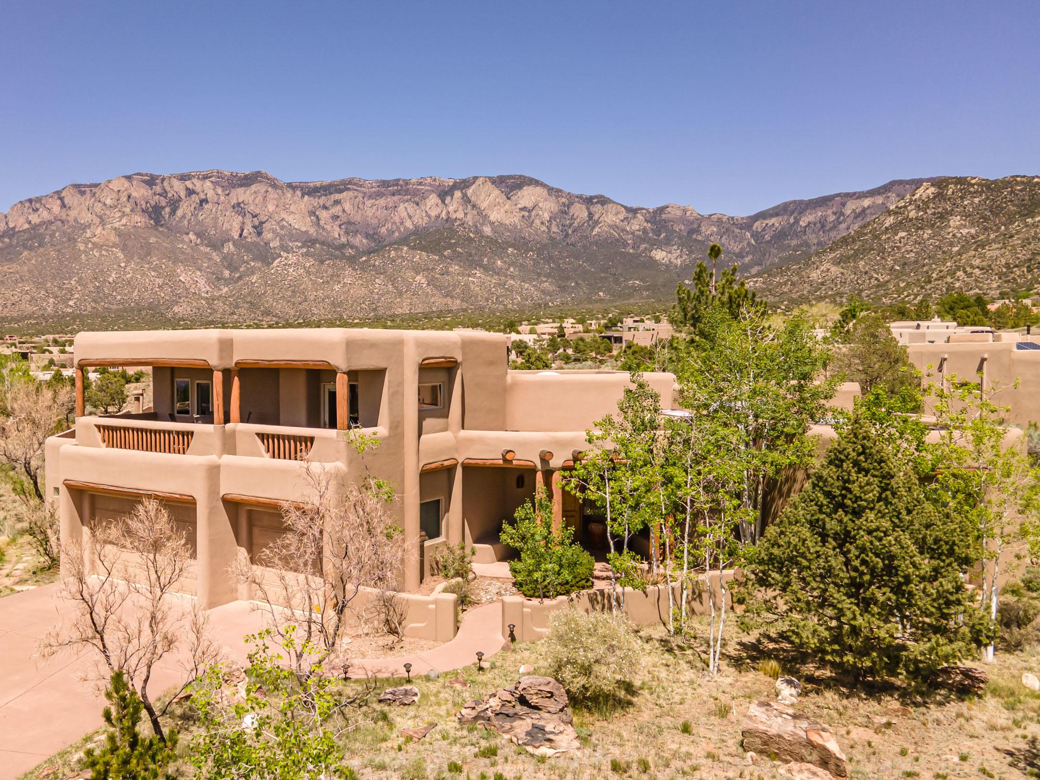 6108 BUFFALO GRASS Court NE Property Photo - Albuquerque, NM real estate listing