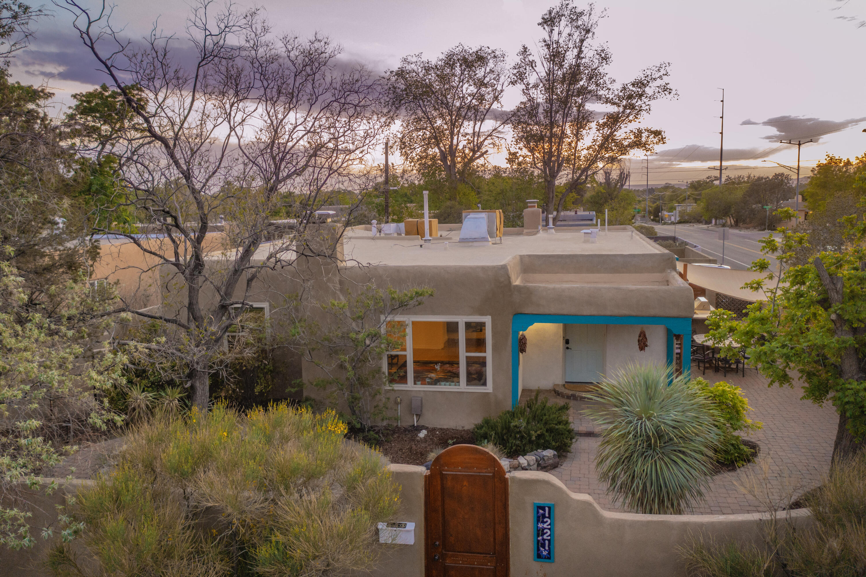 1221 CALLE DEL SOL NE Property Photo - Albuquerque, NM real estate listing