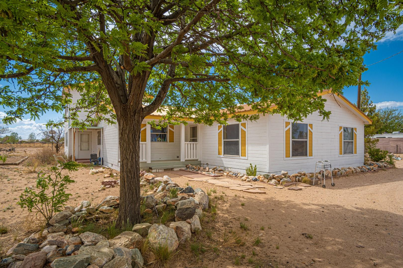 38 CAMPBELL Court Property Photo - Los Lunas, NM real estate listing