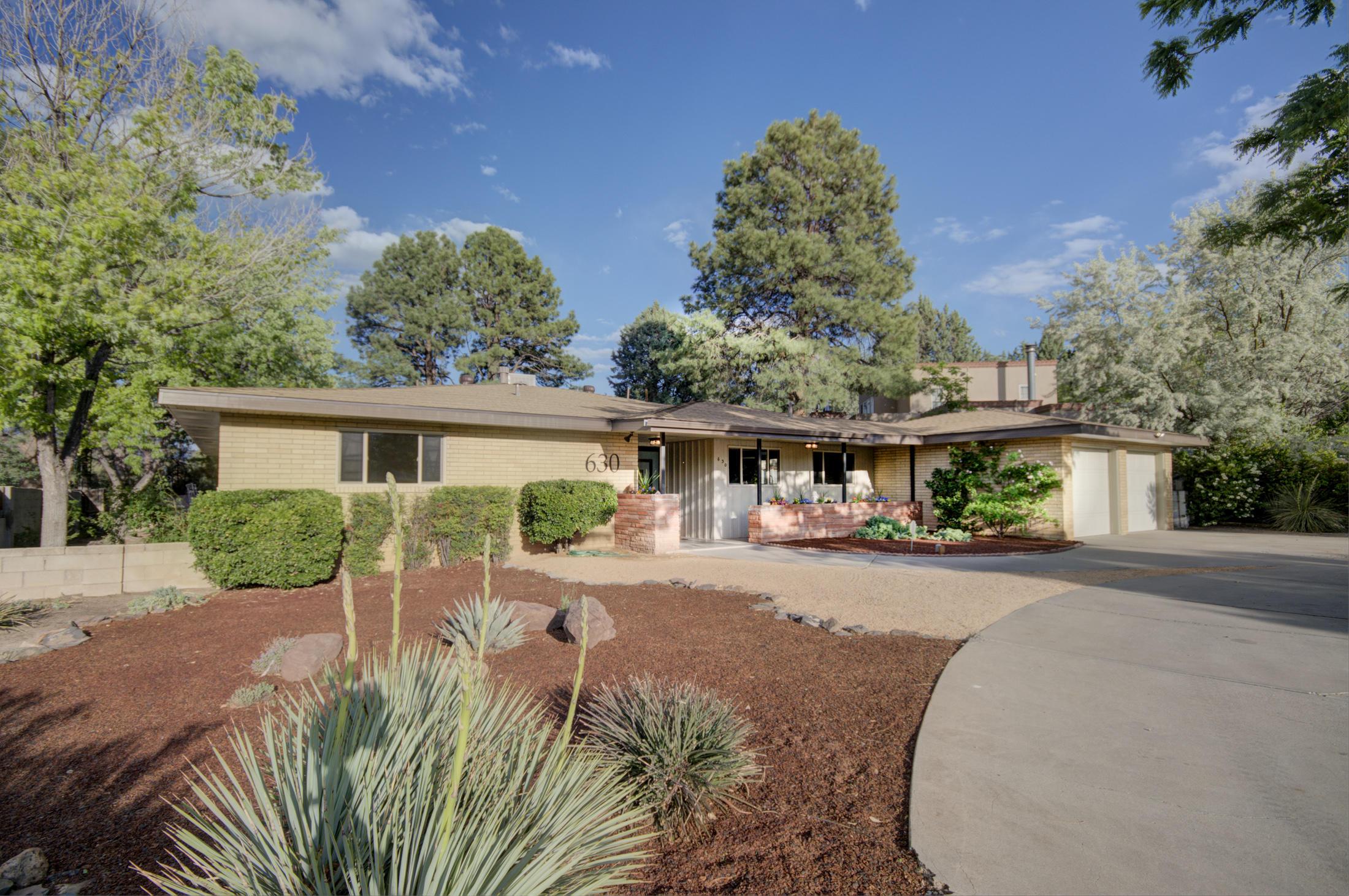 630 Sierra Drive SE Property Photo