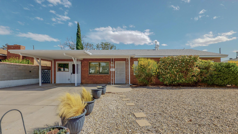 9020 Los Arboles Avenue Ne Property Photo