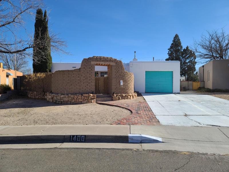 1400 Quincy Street Ne Property Photo