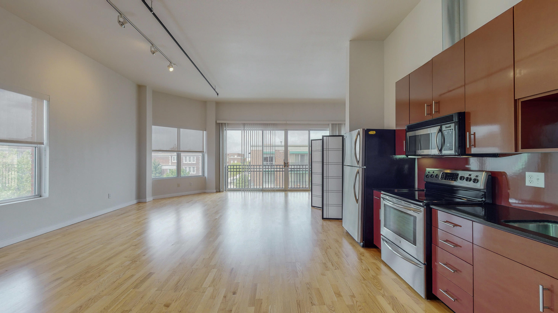 400 Central Avenue Se #301 Property Photo 1