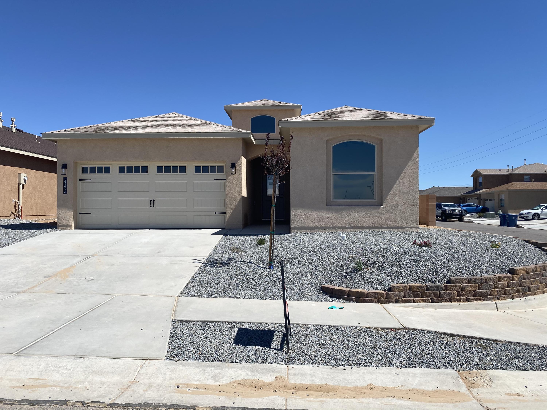 2472 Desert Sky Street Property Photo