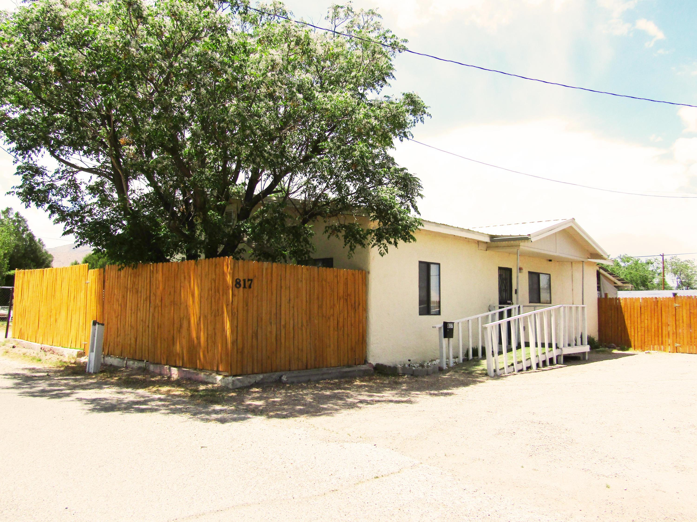817 Padilla Place Property Photo