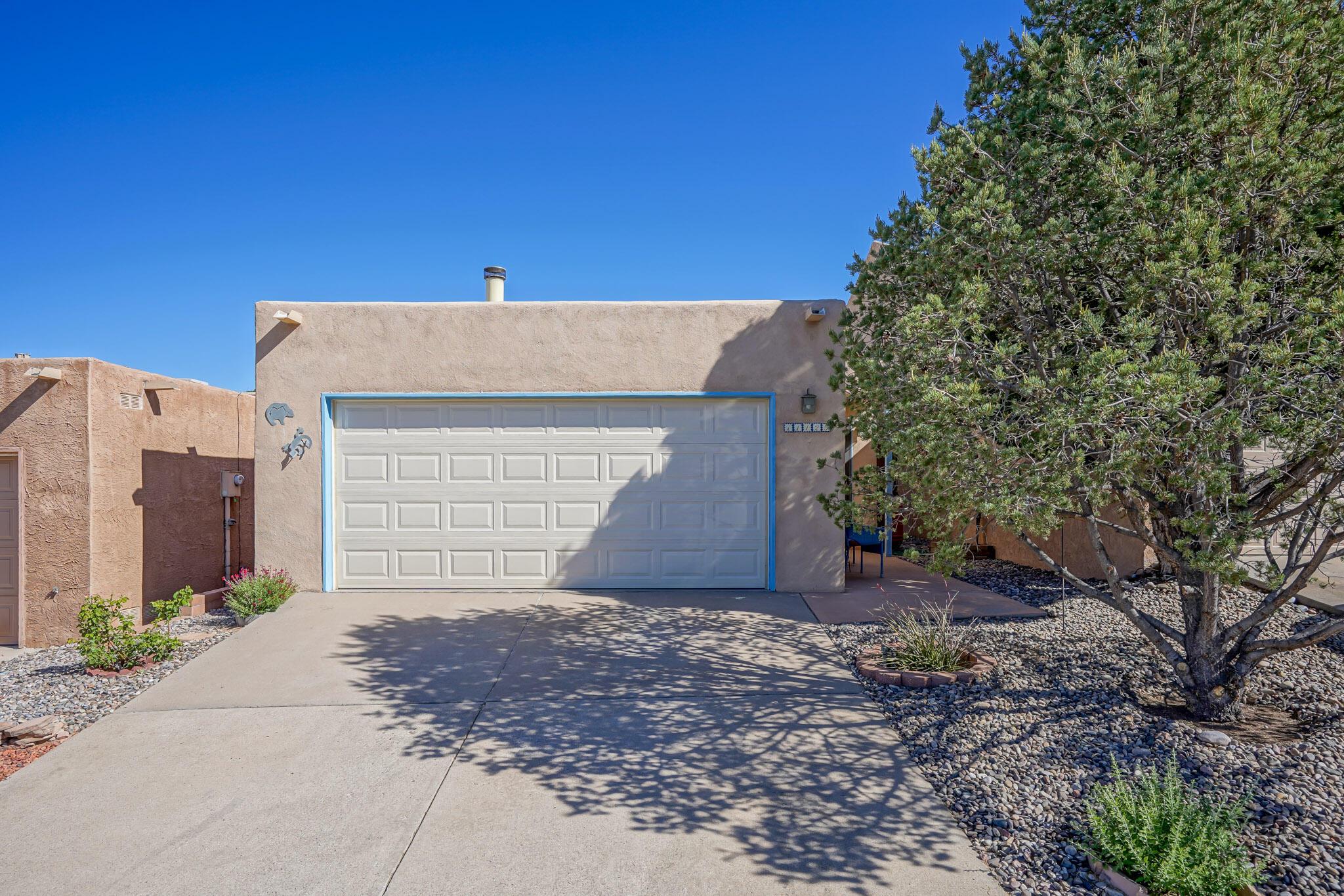 11123 Sidney Avenue Ne Property Photo 1