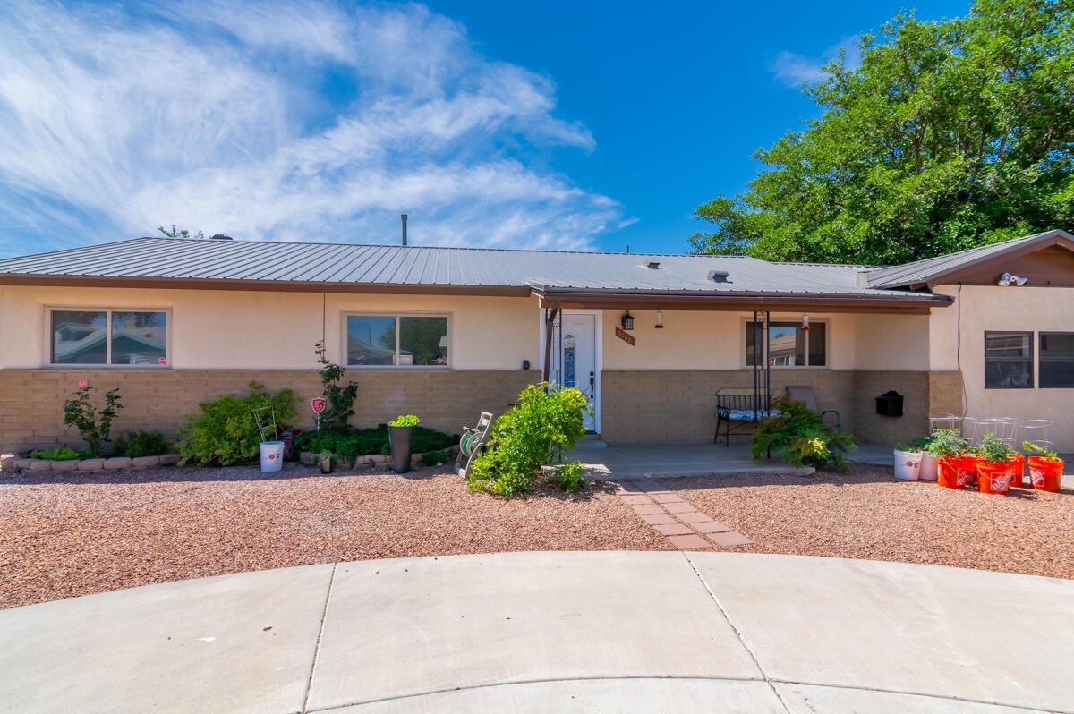 3708 Alta Monte Avenue Ne Property Photo
