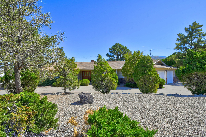 906 Stagecoach Road Se Property Photo 1