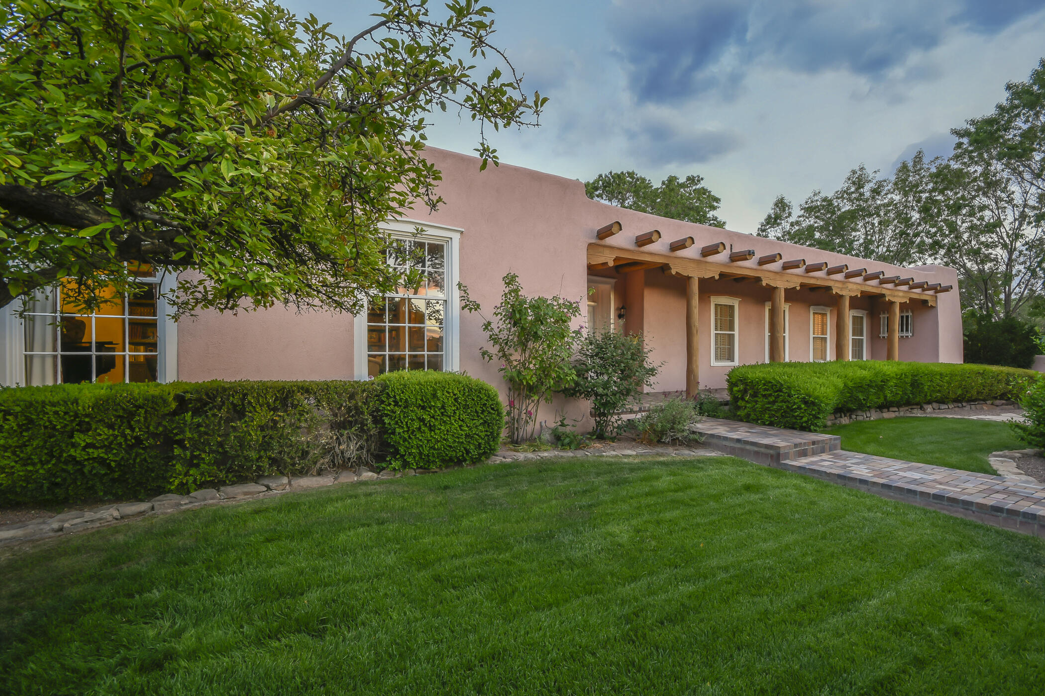 4200 Aspen Avenue Ne Property Photo 1