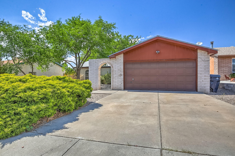 6409 Mendius Avenue Ne Property Photo