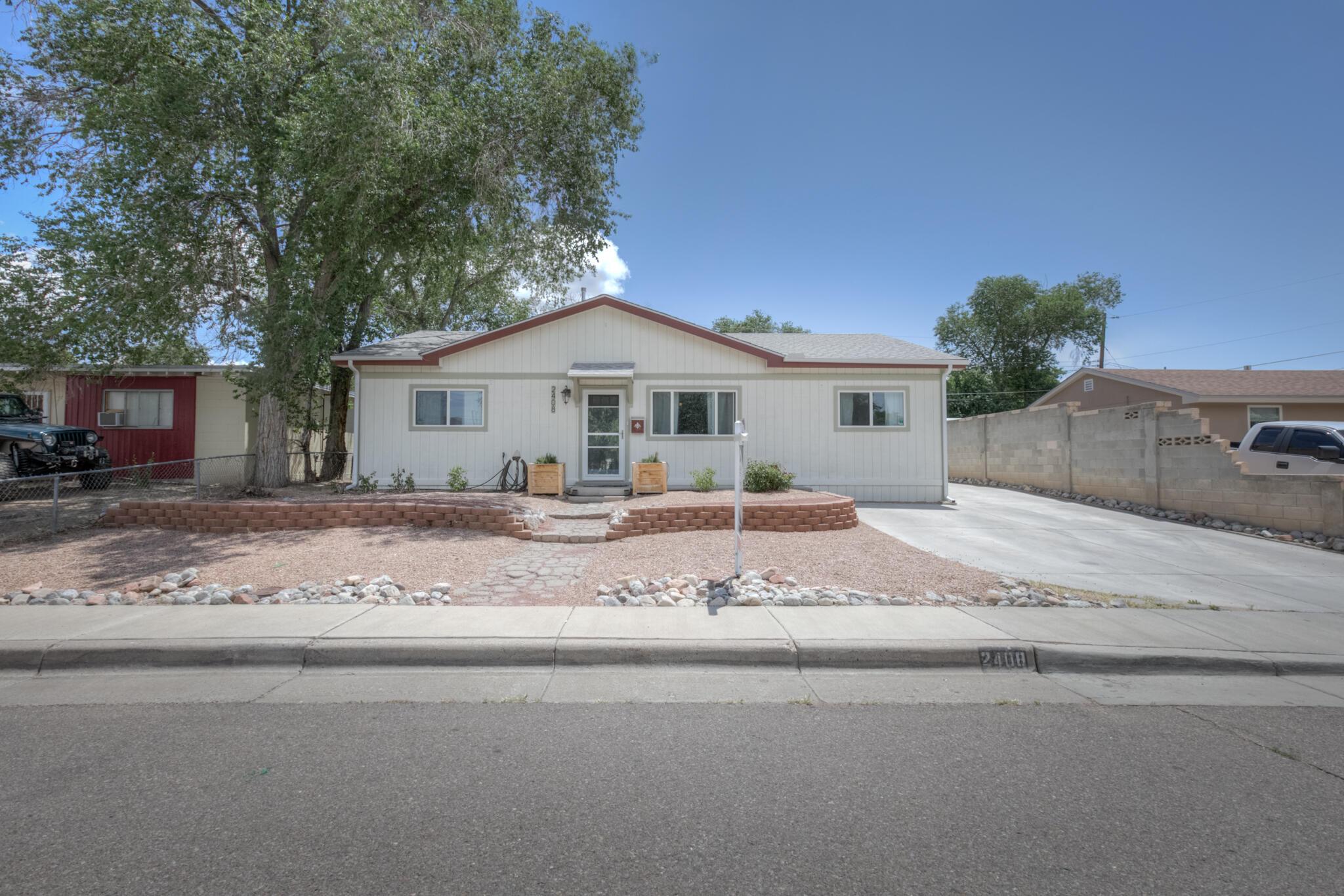 2408 Gretta Street Ne Property Photo 1
