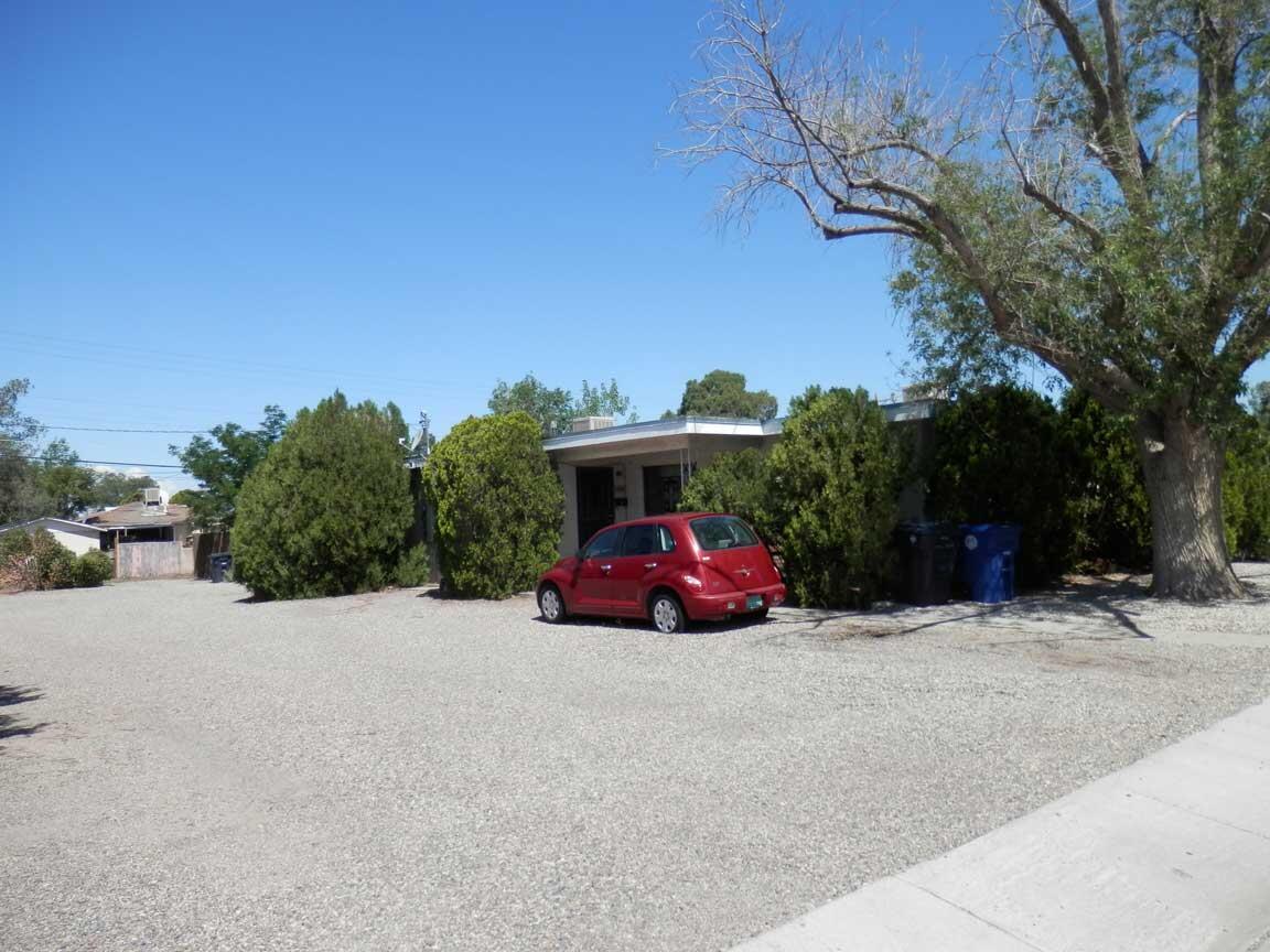 1825 Alvarado Drive Ne Property Photo
